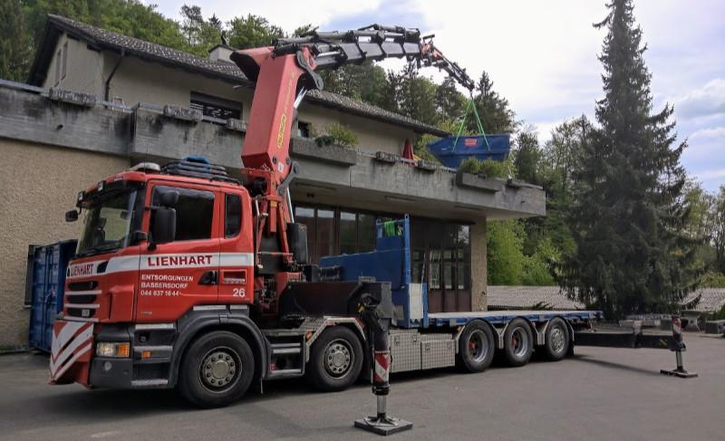 Fz.Nr. 26 Ladekran mit Brücke Scania