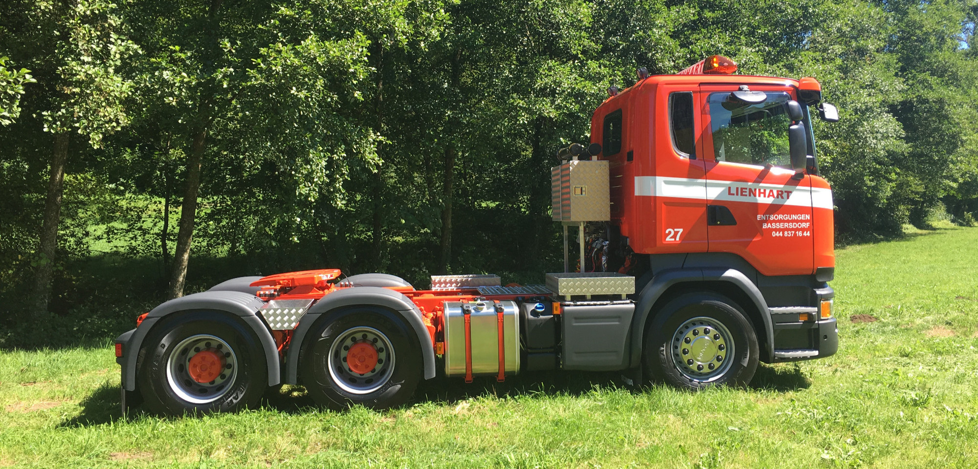 Fz.Nr. 27 Sattelschlepper Scania